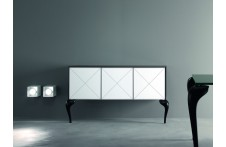 Stradivari cabinet by Urbinati