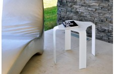 Sincro side table by Unico Italia