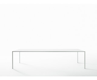 25 | Dining Table | Desalto