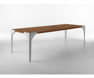 Canard dining table by Horm