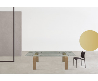 Stilt   Dining Table   Desalto
