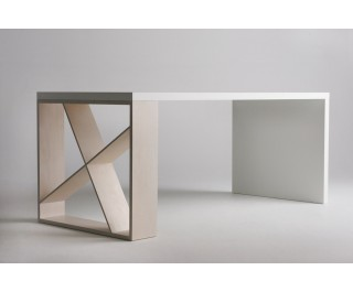 J-Table | Dining Table | Horm