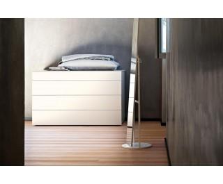 Quarantacinque   Dresser   Lema