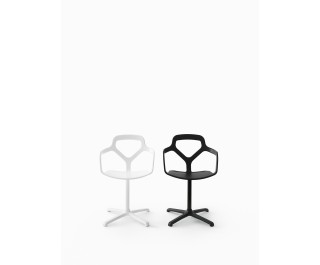 Trace | Swivelling Chair | Desalto