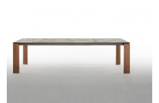 Dada | Dining Table | Tonin Casa