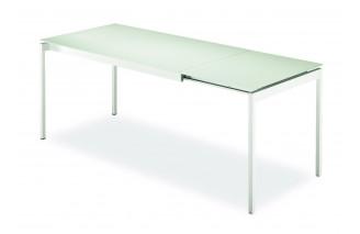 Proximo | Dining table | Urbinati