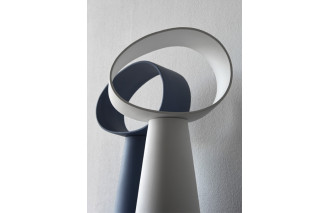Eclipse | Table lamp | Miniforms