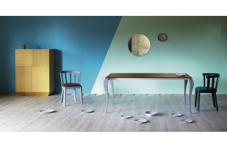 Ghost | Dining Table | Miniforms