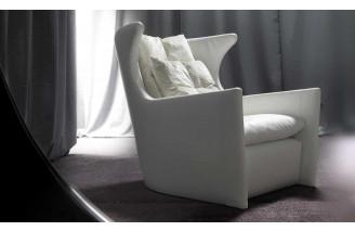 Bella Con Me | Lounge chair | Erba Italia