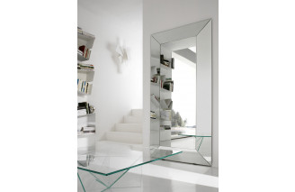 Diamante | Mirror | Urbinati