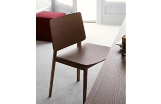 Hati | Chair | Lema