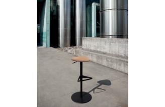 Pick   Swivel stool   Domitalia