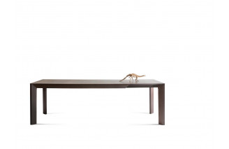 Thera | dining table | Lema