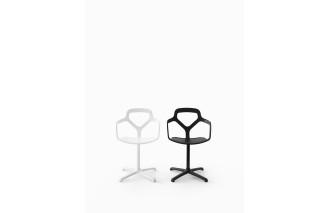 Trace | Swivelling Chair | Desalto