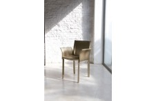 Accademia arm chair by Unico Italia
