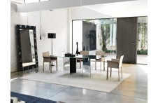 Ghia dining table by Unico Italia