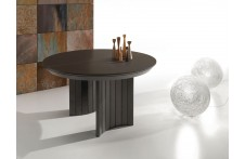 Anversa dining table by Ideal Sedia