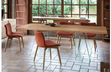 Artik | Table | Domitalia
