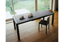 Astor dining table by Horm