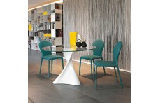 La Defense table by Tonin Casa