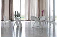 Big Eliseo dining table by Tonin Casa