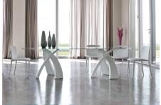 Big Eliseo dining table by Tonin Casa